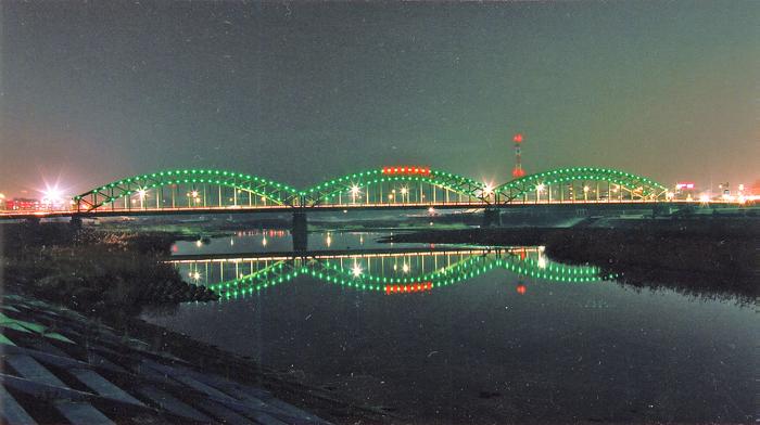 http://www.doboku.shimotsuke.net/image/asikaganakabasi/asikaganakabasi003.jpg